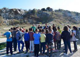 učenici slušaju predavanje